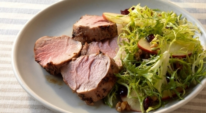 Image of Pork Tenderloin Salad with Frisée, Apples, and Cider Dressing